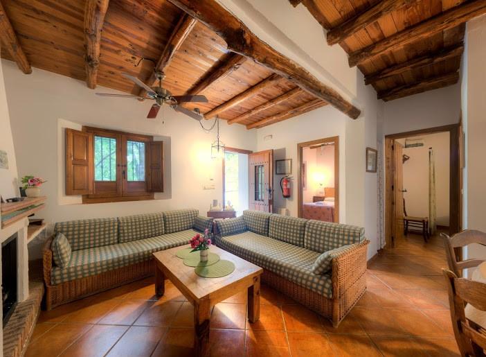 Cortijo balzain alojamientos 4 - Granada casa rural ...