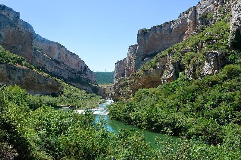 Casa rural juandecay ecay pirineo monta a navarra - Casa rural en pirineo catalan ...