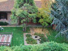 Casa rural con jardin y merendero