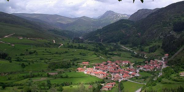 Casas rurales en langre ribamont n al mar cantabria for Casas de pueblo en cantabria