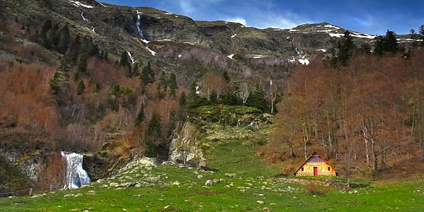 Hoteles rurales en esterri d neu lleida - Casas rurales valle de aran ...