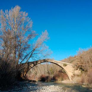Barbastro, medievo, paisaje y vino para sentir