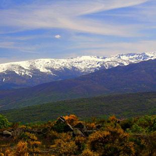 Sierras de Béjar-Candelario con nieve en Covatilla
