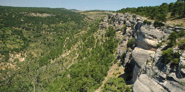 http://www.ruralesdata.com/multimedia/turismo/serrania-de-cuenca/serrania-de-cuenca-09.jpg