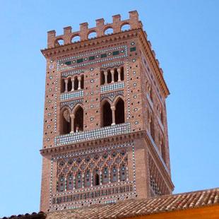 Teruel, encantos mudéjares y feroces dinosaurios