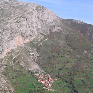 Ubiñas-La Mesa, sugerente Parque Natural asturiano