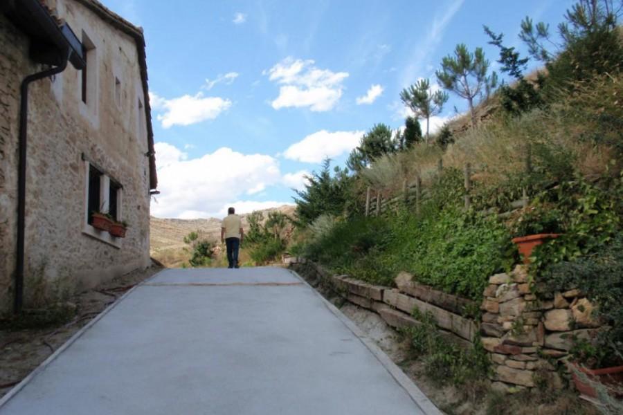 Casa rural en teruel apartamentos to slow driving for Asociacion pinar jardin