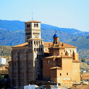 Calatayud mudéjar y Hoces del Jalón escarpadas