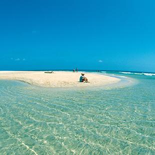 Fuerteventura,  bellas playas y planicies amplias
