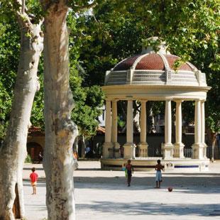 Lleida, monumental y recoleta, llena de magia
