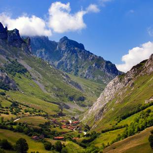 Picos de Europa, imponente Parque Nacional señero