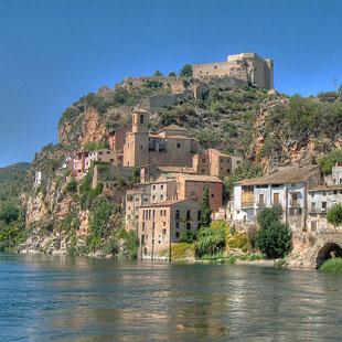 Templarios en Tarragona, castillos a espada
